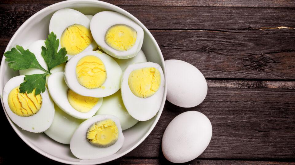 НЕ ПРЕТЕРУВАЈТЕ: Еве колку јајца смеете да изедете за Велигден и колку дена можат да се јадат